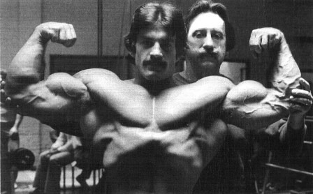 Causa steroidy: Mike Mentzer