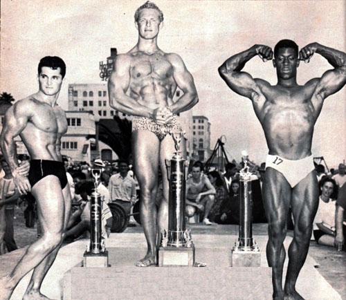 muscle-beach1952.jpg