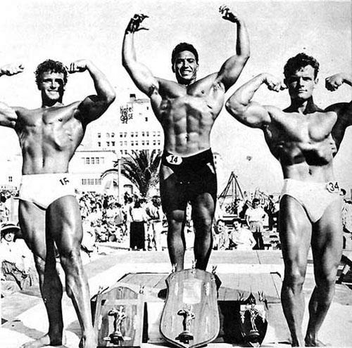 muscle-beach1954.jpg