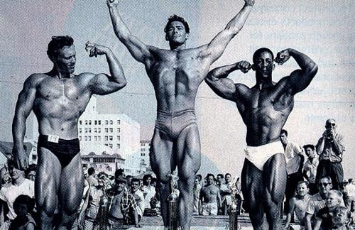 muscle-beach1956.jpg