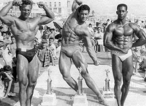 muscle-beach1956_2.jpg