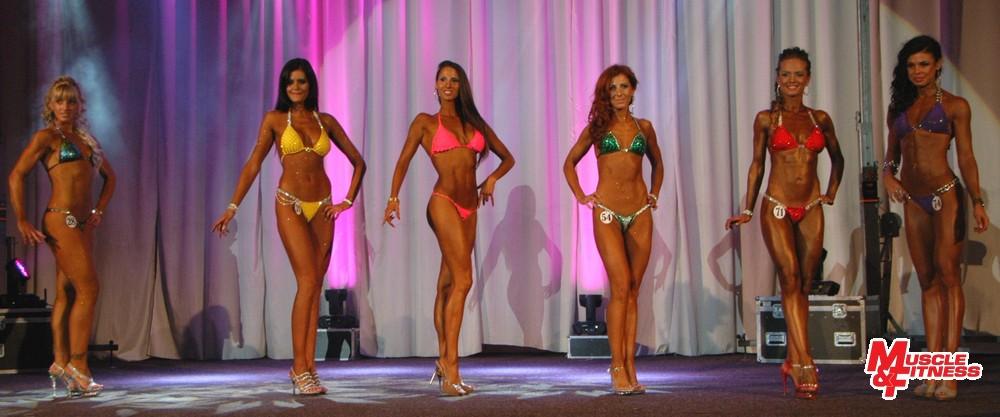 Fitness model nad 170 cm: 6. Borchová, 2. Poláková, 1. Pelachová, 5. Vallová, 3. Plandorová, 4. Szinghofferová.