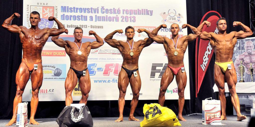 Junioři nad 77 kg: 4. Exner, 2. Bartoň, 1. Turek, 3. Michel, 5. Procházka.