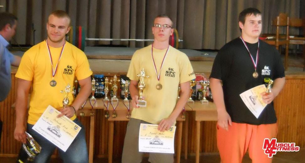 Dorast (zľava): 2. Erik Setnický, 1. Matúš Popovič, 3. Filip Czédl.