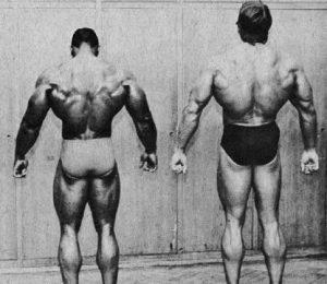Arnold a Sergio Oliva - záda