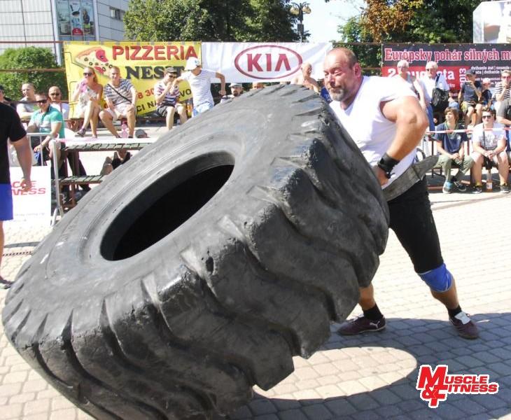 Jiří Žaloudek (prevracanie pneumatiky)
