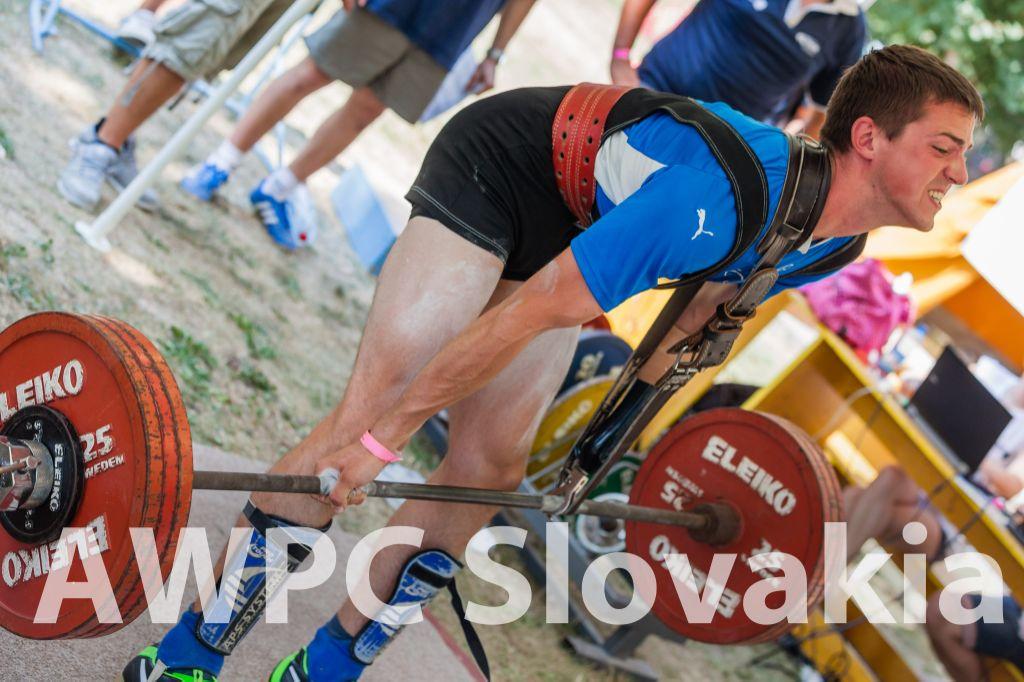 Ani handicap chýbajúcej ruky nezabránil Martinovi Wurzovi v súťaži.