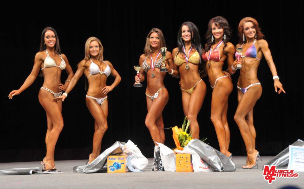Bikini fitness do 162 cm: 6. Borosovicsová, 4.Cabaniková, 2. Kuglerová, 1. Pleváková, 3. Pritrská, 5. Dostálová.