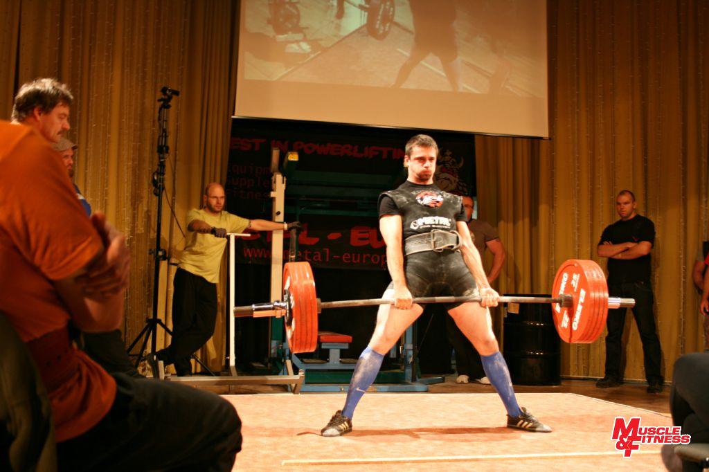 Zdeněk Hrach (mrtvý tah 230 kg)