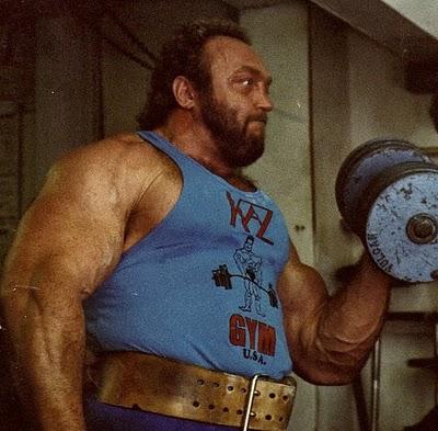 Bicepsové zdvihy