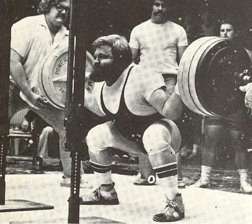 Kenady - dřep 400kg