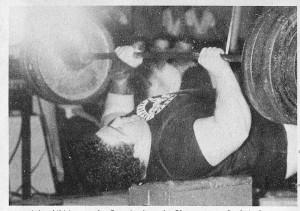 Anderson - benčpres 207kg