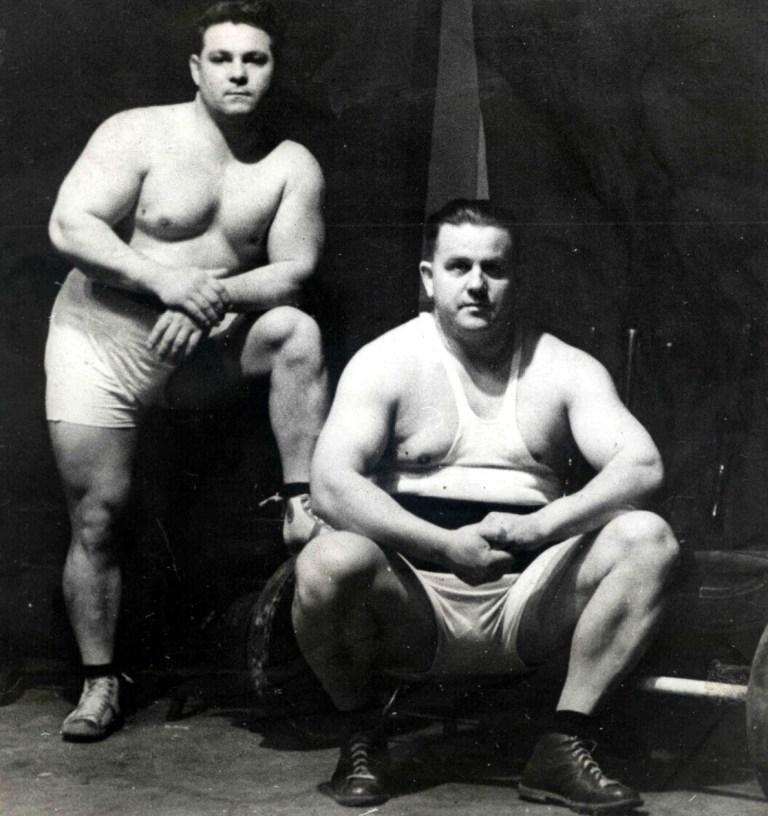 Skobla(vsedě) a Pšenička1934