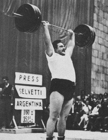 Humberto Selvetti - tlak 160 kg