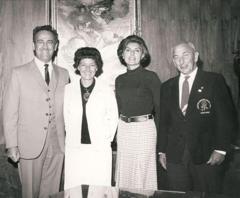 State - manželky Bena Weidera a Oscara