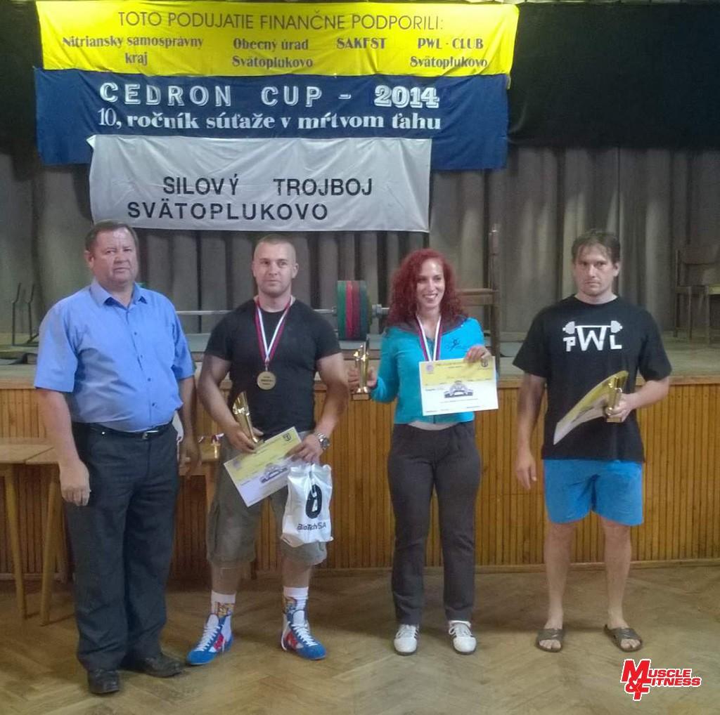 Trio v absolútnom poradí (zľava): riaditeľ súťaže Vladimír Kertész, Michal Demeter (3.), Ivana Horná (1.), Pavol Slíž (2.).