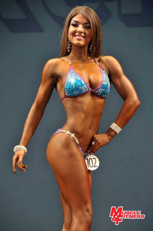 Vítězka bikini fitness Kristina Narbutaityte.