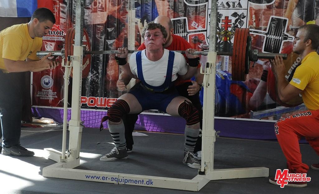 Ako mimoriadny talent najmä v drepe sa profiluje ešte len 17-ročný Markus Dúcky zo Zlatníkov. Zverenec trénera Stanislava Janušku zvládol pri telesnej váhe 82 kg poľahky 255 kg!
