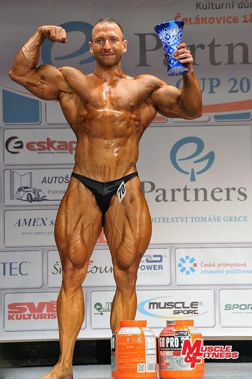 Absolutním vítězem zápolení kulturistů se stal Filip Godzsák ze Slovenska.