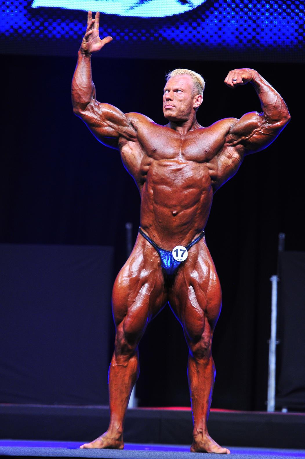 Dennis Wolf, vítěz kategorie open bodybuildingu.