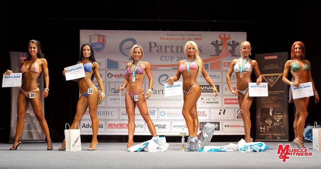 Bikini fitness do 164 cm: 6. Benešová, 4. Rizeková, 2. Fantová, 1. Ženíšková, 3. Siváková, 5. Wewiorová.