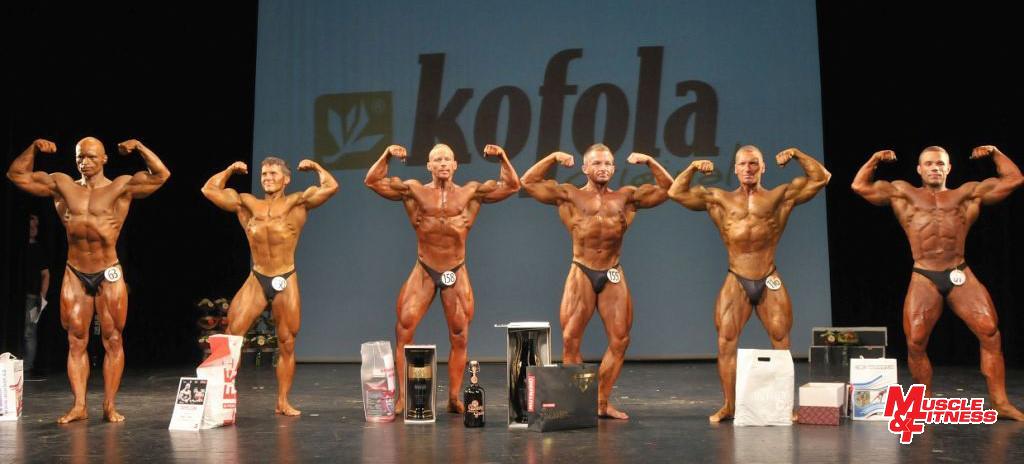 1. Finalisté kategorie v kulturistice mužů do 80 kg (zleva): Růžička (6.), Lukáč (4.), Janulevičius (2.), Miklečič (1.), Škadra (3.), Zyle (5.)