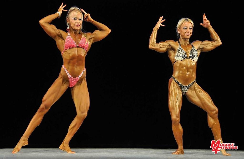 Mimo súťaž sa predviedli predstaviteľky ženského physique Jana Purdjaková (vľavo) a Eva Horváthová.