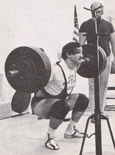 Bill Starr – dŕep s 225 kg.