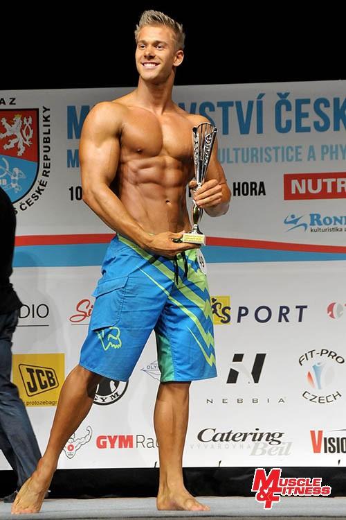 Absolutní vítěz physique mužů Ondřej Kmošťák.