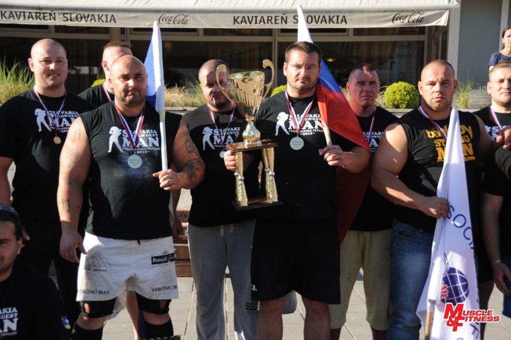 Medailisti slovenského šampionátu strongmanov 2015 (v popredí zľava): František Piros (2.), Igor Petrík (1.), Maroš Kubovič (3.).