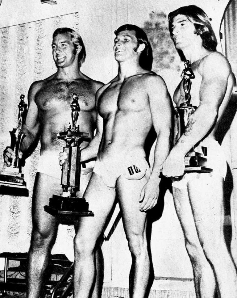 rok 1972 (vlevo)