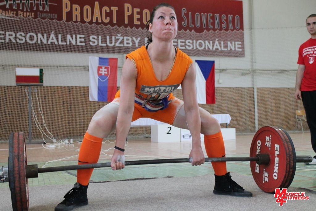 Sandra Mokrá, víťazka ženskej kategórie do 67,5 kg v equip divízii.