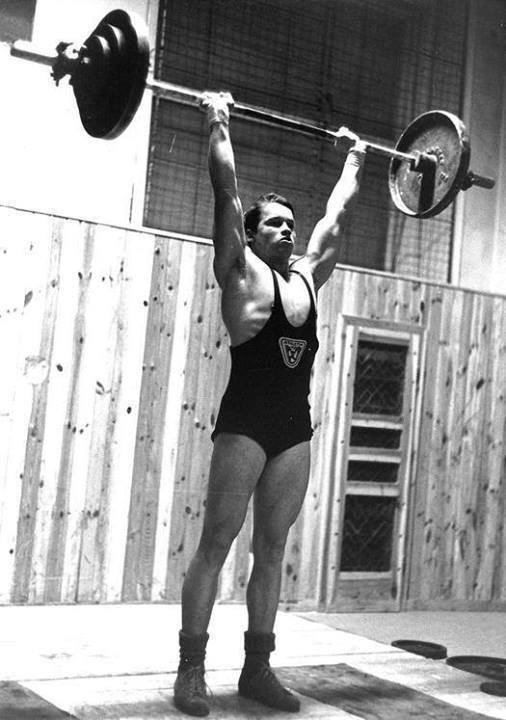 Arnold vzpěrač