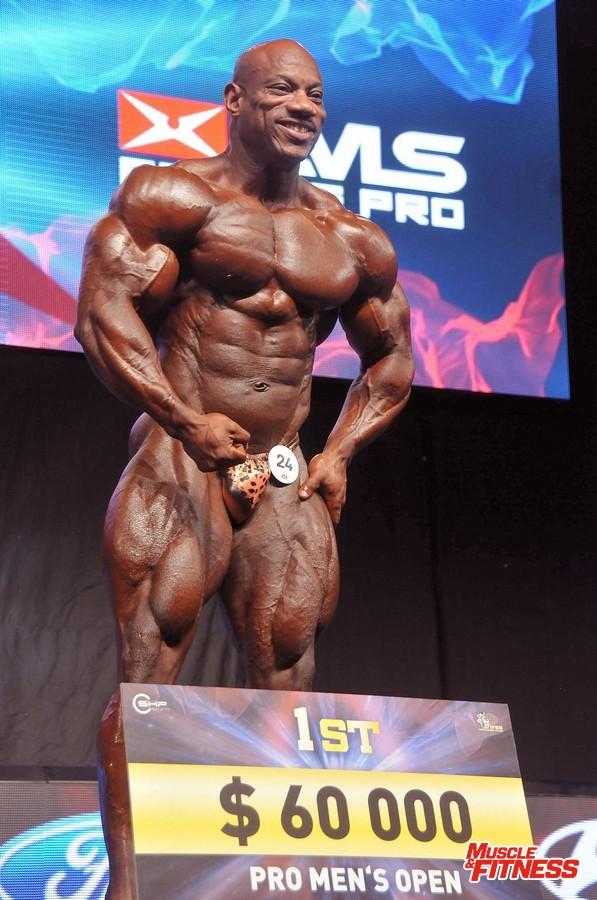 Vítězný Dexter Jackson.