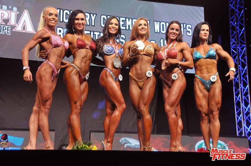 Bodyfitness do 168 cm: 6. Tüske, 4. Žižková, 2. Benigno-Wisskirchen, 1. Čumakova, 3.   Pettersen, 5. Jakešová.