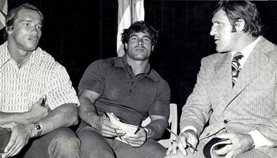 Samamrtino, Arnold a Franco Columbu