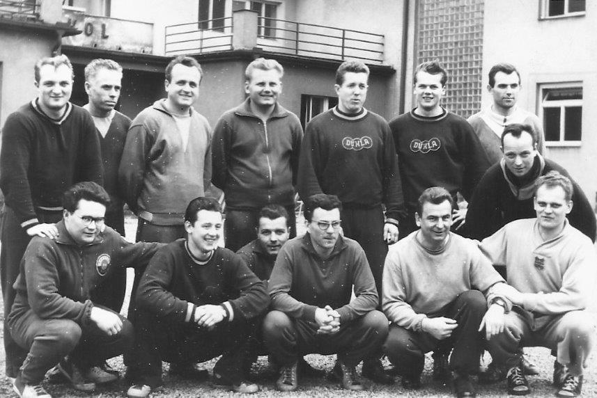 Výročí Kubica Antonín (nahoře druhý zprava)