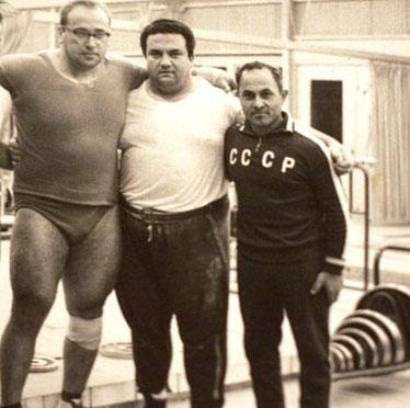 Zleva: Jurij Vlasov, Humberto Selvett a Surén Bogdarasov.