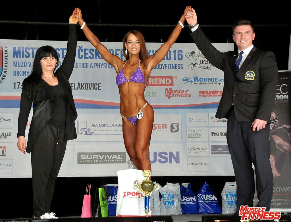 Vítězka kategorie bikini Barbora Votavová.