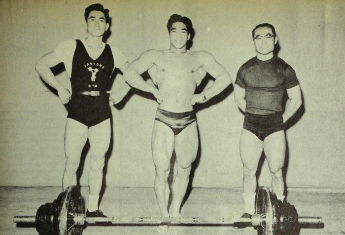 Tommy Kono v roce 1953.