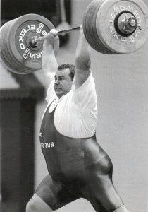 Čemerkin v roce 1997, nadhoz 262,5 kg