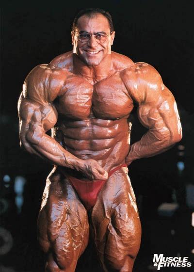 Trénink hit vede k masivním svalům!