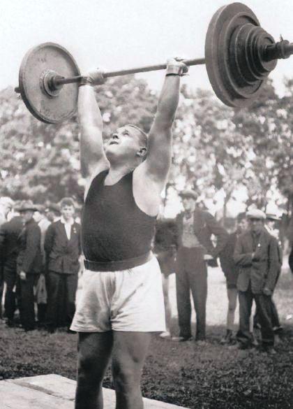 Arnold Luhaaar mlady