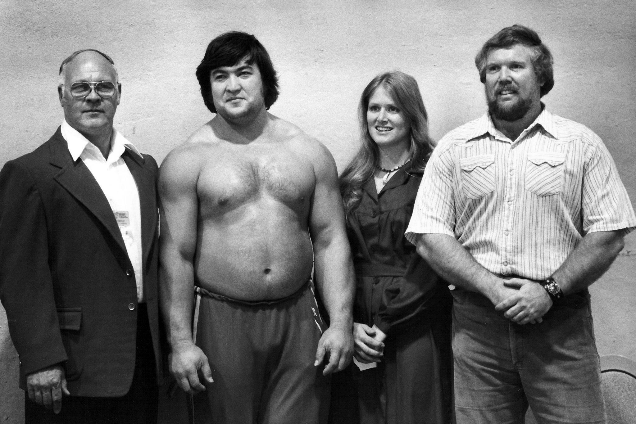 Rachmanov, Shemansky a manželé Todovi