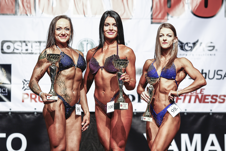 Bodyfitness: 2. Mária Renčková, 1. Silvia Fialková, 3. Laura Hačková