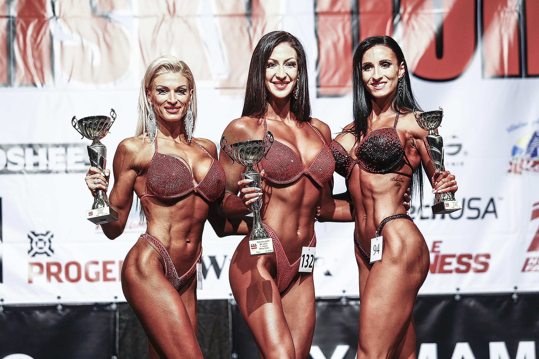 Bikini fitness nad 169 cm: 2. Anita Kuczman, 1. Michaela Pančušková, 3. Natália Lukačka. Foto: Ivan Pavlisko