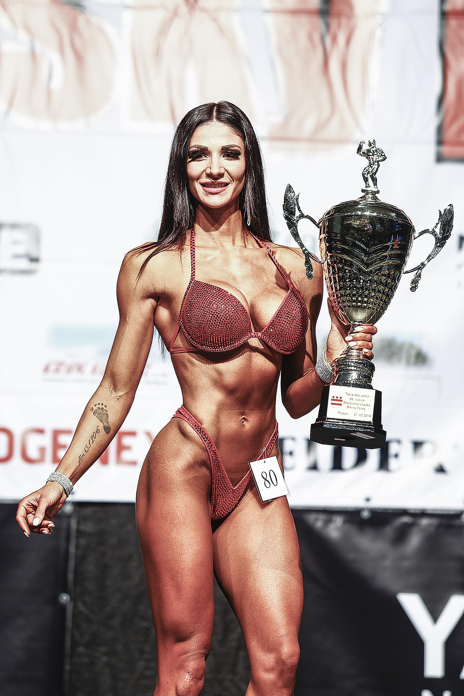 Olívia Čambalová, absolútna víťazka súťaže v bikini fitness žien. Foto Ivan Pavlisko