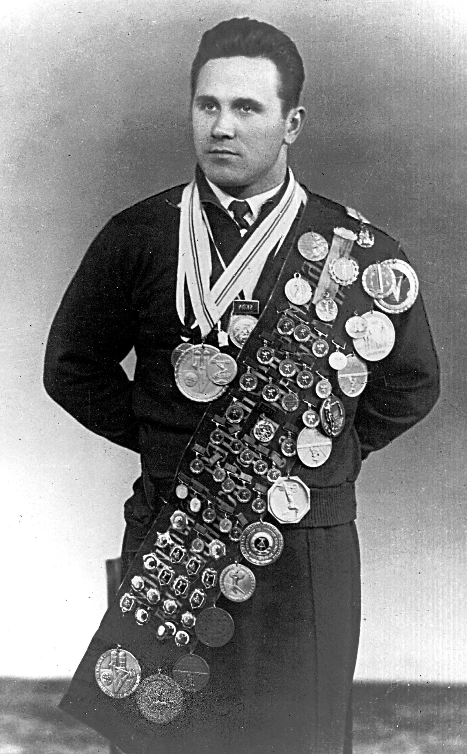 Fedor Bogdanovskyj s vyznamenáními