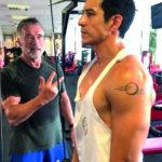 Arnold a Luna při tréninku.