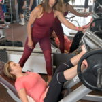 Tréningové rady odovzdáva trénerka a fitneska Andrea Fiedlerová